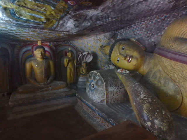 Dambulla Caves lying Buddha